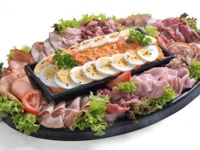 Salade & Vleeswarenschotel Zalmsalade saladeschotel